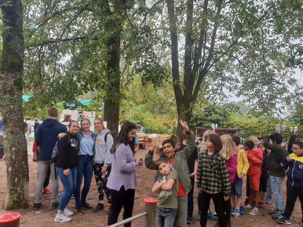 24 08 18 Kennenlernfest Der 5 Klassen Auf Dem Beckenhof Leibniz Gymnasium Pirmasens
